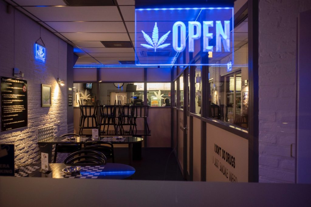 420 friendly denver cannabis restaurant