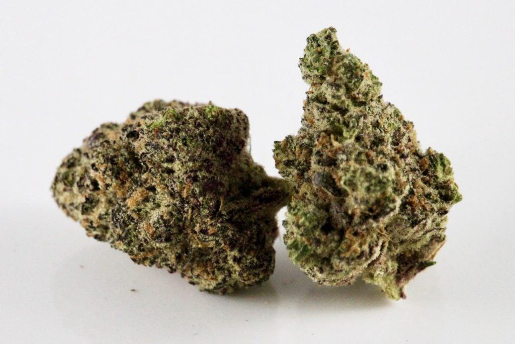 Pineapple Express Hybrid Marijuana Strain